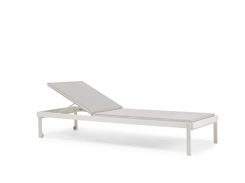 Arredamento e lettini da piscina di design ethimo shop - Lettini prendisole ikea ...
