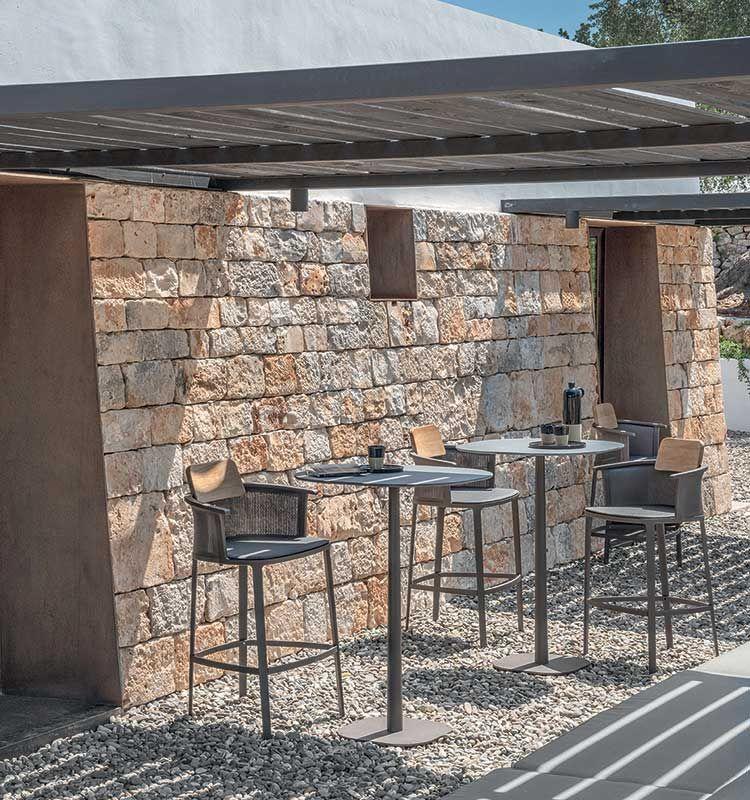 Enjoy – Tavolo alto 70x70 h 106 - Tavolo alto da giardino Ethimo