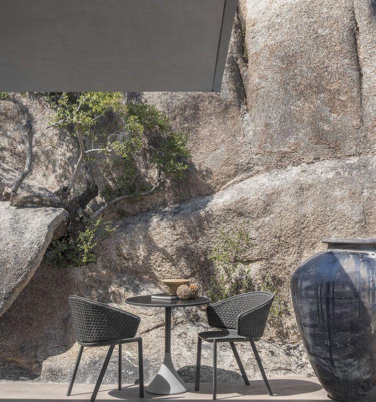 Concreto - Tavolo Ø 60 h 74 - Tavolo da giardino rotondo Ethimo