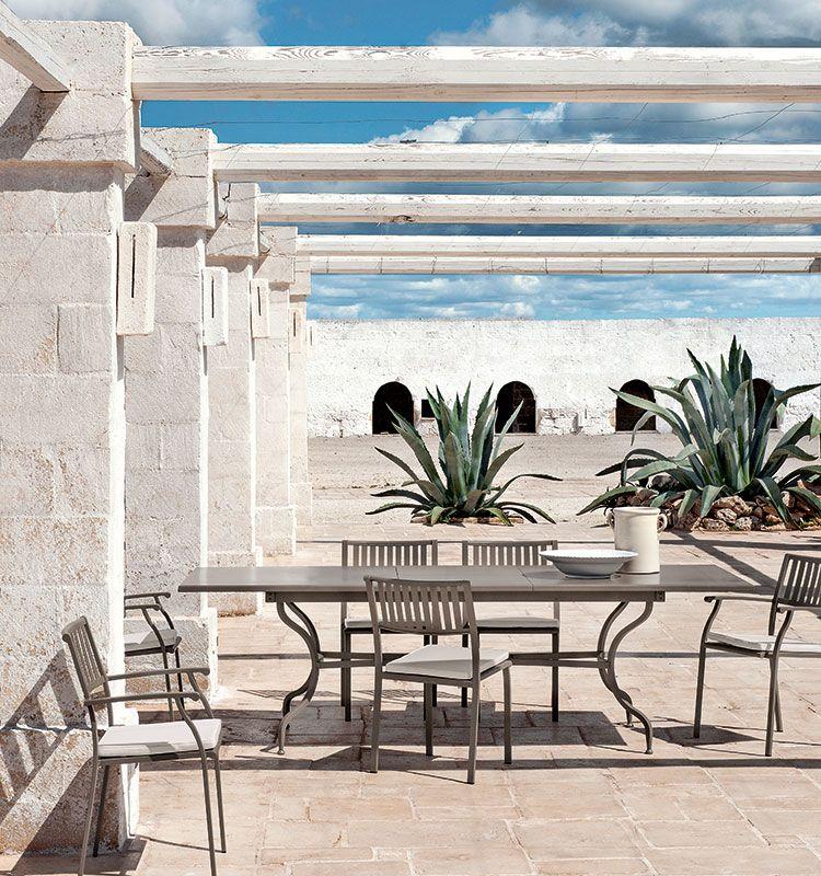 Poltroncina per zona dining Elisir - poltroncina in acciaio per giardino Ethimo