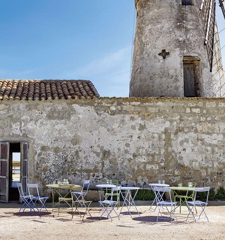 Tavolo rotondo pieghevole in ferro da giardino | Tavoli da esterno ...