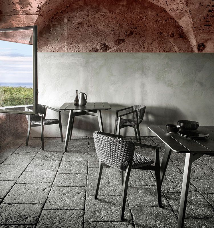 Knit – Tavolo dining quadrato - Tavolo da giardino in mogano verniciato Ethimo