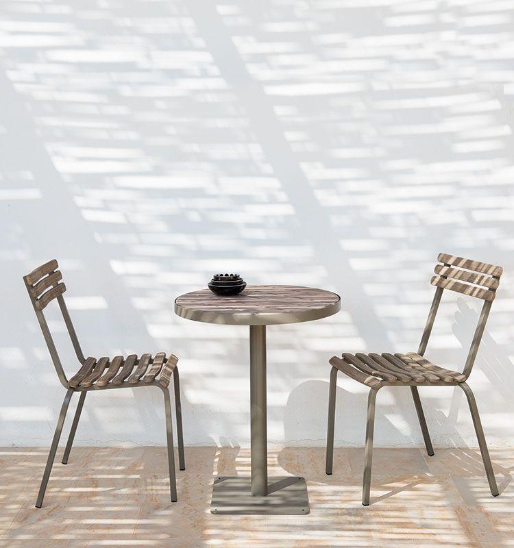 Tavolo rotondo in teak decapato e metallo diametro 60 cm for Tavolo rotondo esterno
